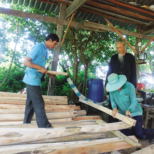 Hoạt động của Tổ cất nhà tình thương mang lại hiệu quả thiết thực cho người nghèo
