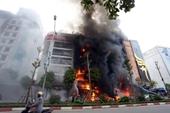 Tòa tuyên trả hồ sơ điều tra lại vụ cháy quán karaoke làm 13 người chết