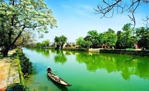 Thừa Thiên Huế cần chú trọng bảo vệ môi trường sinh thái, môi trường đầu tư, văn hóa