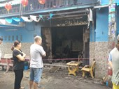 TP Hồ Chí Minh Cháy thiêu rụi căn nhà, 2 người bỏng nặng