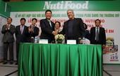 NutiFood ký hợp đồng xuất khẩu sữa đi Mỹ