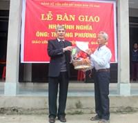 Đảng bộ VKSNDTC phối hợp trao tặng hai căn nhà tình nghĩa cho gia đình người có công tại Quảng Trị