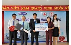 Vinamilk tặng xe hiến máu 1 tỷ đồng cho Trung tâm hiến máu nhân đạo TP HCM