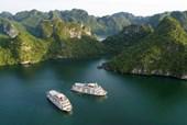 Lê Thanh Hòa làm show thời trang trên du thuyền triệu USD