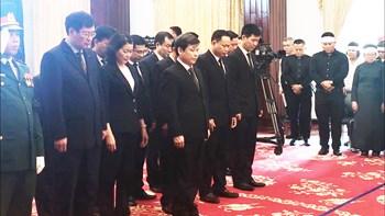 Đoàn VKSND tối cao do Viện trưởng Lê Minh Trí dẫn đầu viếng đồng chí Phan Văn Khải