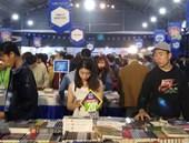 Khai mạc hội sách, thu hút sự quan tâm của đông đảo độc giả