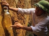 Thông tin tiếp việc giếng nước chứa nhiều dầu hoả Do rò rỉ tẹc dầu hơn 25 000lít