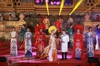 Lễ hội áo dài tôn vinh Quốc phục Việt Nam tại Festival Huế 2018