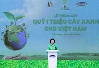 Vinamilk trồng gần 100 ngàn cây xanh và trao tặng 66 000 ly sữa tại tỉnh Cà Mau