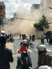 Đà Lạt Sập tường nhà, 3 công nhân bị thương