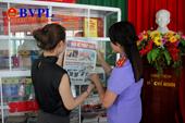 VKSND cấp cao tại Đà Nẵng đưa tủ sách pháp luật lên xã vùng cao Quảng Nam