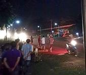 Xe đầu kéo đâm vào xe khách, hàng chục người bị thương nặng