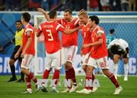 WORLD CUP 2018 Những chú Gấu Nga gầm vang đẩy Salah và đồng đội vào thế chân tường