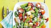 Mách nàng công sở mẹo làm salad ngon đúng chuẩn nhà hàng