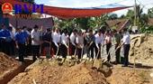 Trao hỗ trợ 300 triệu đồng xây nhà tình nghĩa cho 6 gia đình chính sách