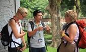 Thực hiện xếp hạng hướng dẫn viên du lịch
