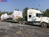 Không giấy phép lái xe, tài xế container chở cây khủng qua mặt CSGT 4 tỉnh, thành