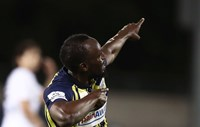 Xem 'Tia chớp' Usain Bolt ghi bàn đẳng cấp trong lần đầu tiên khoác áo Central Coast Mariners