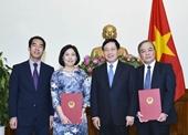 Phó Thủ tướng Phạm Bình Minh trao quyết định bổ nhiệm 2 Tổng Lãnh sự