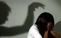 Truy tố đối tượng nhiều lần sang nhà người quen hiếp dâm bé gái hơn 14 tuổi