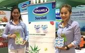 Sản phẩm sữa các loại của Vinamilk ra mắt người tiêu dùng Trung Quốc tại Hội chợ nhập khẩu quốc tế Trung Quốc lần thứ nhất CIIE 2018 tại Thượng Hải