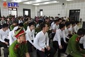 Hai nhóm giang hồ hỗn chiến, 18 bị cáo lãnh án