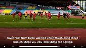 Tuyển Việt Nam tập luyện chuẩn bị cho trận chung kết lượt đi tại Malaysia