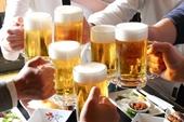 Vô cớ lấy dao đâm người gục tại chỗ vì rót bia mời không uống