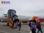 Hành khách về TP Vinh vật vờ vì máy bay Vietjet Air hạ cánh xuống Nội Bài