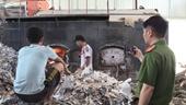 Bắt quả tang công ty đốt lò bằng rác thải công nghiệp gây ô nhiễm môi trường