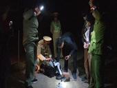NÓNG Trùm ma túy ném lựu đạn về phía Công an để tẩu thoát
