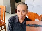 Bắt đối tượng truy nã đặc biệt nguy hiểm hung hãn dùng lê AK đâm cảnh sát chiều 30 Tết
