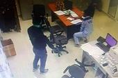 Đã xác định được danh tính 2 kẻ dùng súng cướp tiền tại trạm thu phí Long Thành - Dầu Giây