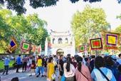 Văn Miếu - Quốc Tử Giám thu hút đông đảo người dân đến du Xuân