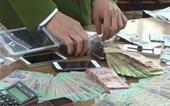 Phó Bí thư Đảng ủy, Chủ tịch HĐND xã bị bắt quả tang đang đánh bạc