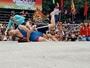 Trai làng thách đấu với đô vật nữ ở Hải Phòng