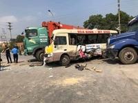 3 xe ô tô tông nhau liên hoàn, hai vợ chồng tử nạn tại Hà Nội