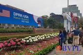 Phố phường Hà Nội rợp cờ hoa trước thềm Hội nghị thượng đỉnh Mỹ - Triều Tiên