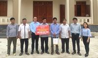 Hỗ trợ 300 triệu đồng cho bà con giáo xứ Dũ Lộc làm đường giao thông