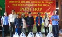 VKSND tỉnh Gia Lai thăm và tặng quà các hộ nghèo vùng căn cứ cách mạng