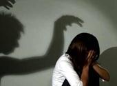 Người đàn ông treo cổ tự tử sau khi bị tố dâm ô nhiều học sinh