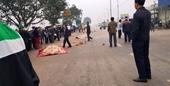 Clip xe khách lao vào đoàn người đưa tang khiến 7 người chết