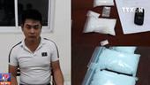 Bắt quả tang ba đối tượng tàng trữ ma túy trái phép