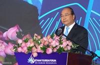 Thủ tướng Nguyễn Xuân Phúc Tại sao du lịch của Việt Nam không thể ở thứ hạng cao hơn