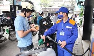 Xăng, dầu tiếp tục tăng giá mạnh từ 15h chiều nay