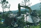 Phá dỡ công trình vi phạm rừng phòng hộ Sóc Sơn