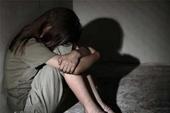 Một sỹ quan bị điều tra về hành vi dâm ô nữ sinh lớp 6