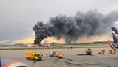 Máy bay SukhoiSuperjet đâm xuống đất ở Moscow làm 41 người chết