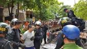 Tin thêm về vụ đối tượng ngáo đá chém loạn xạ xe nữ Giám đốc Sở GD-ĐT