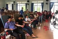 VKSND huyện Đak Pơ tham gia hiến máu nhân đạo
